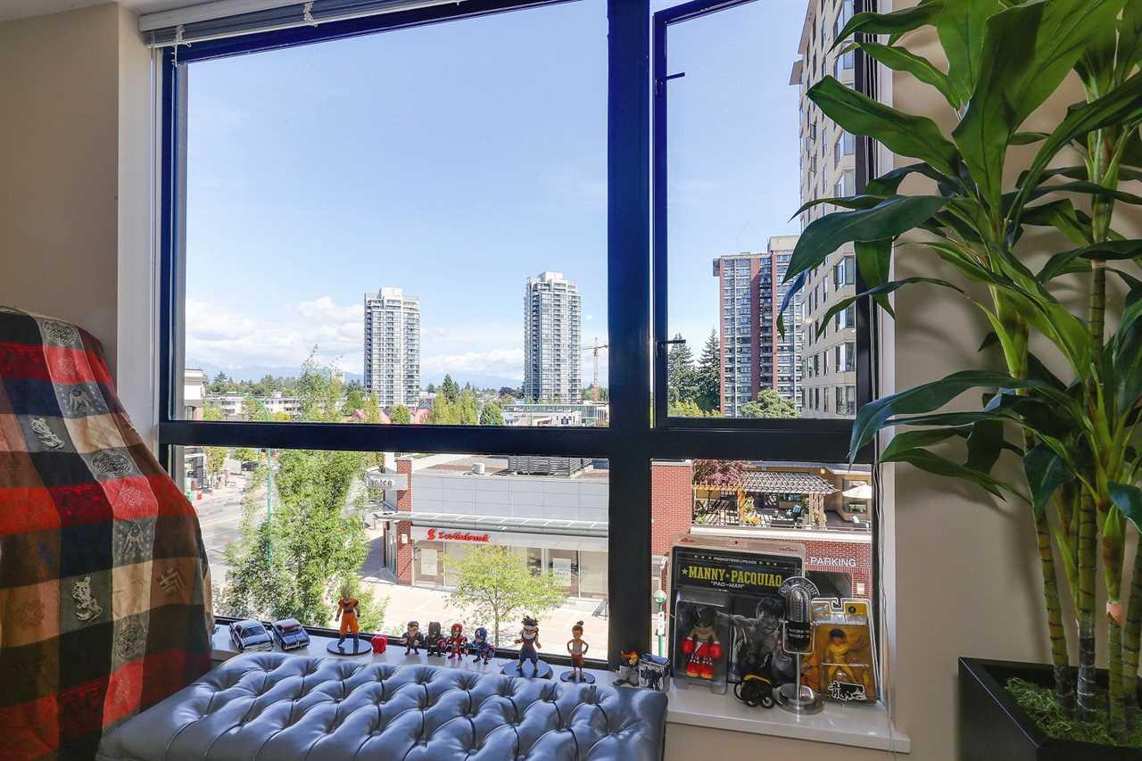 Condo Apartment at 404 7225 ACORN AVENUE, Unit 404, Burnaby South, British Columbia. Image 14