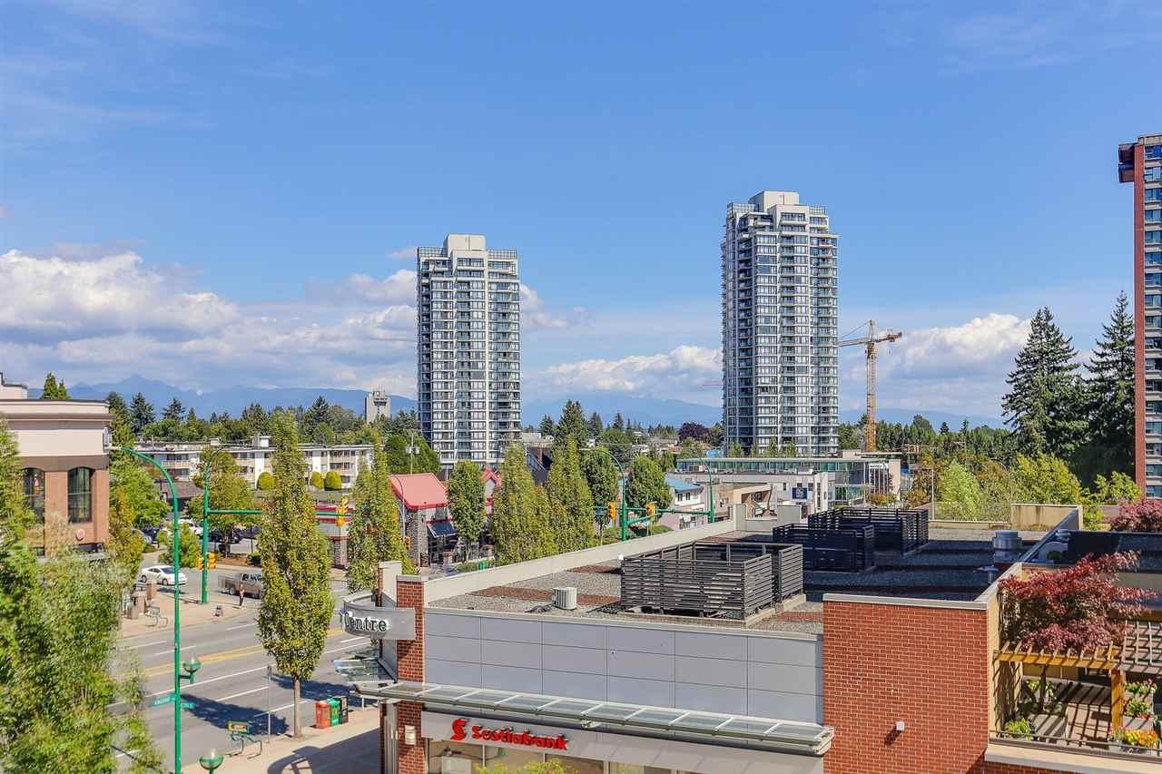 Condo Apartment at 404 7225 ACORN AVENUE, Unit 404, Burnaby South, British Columbia. Image 16