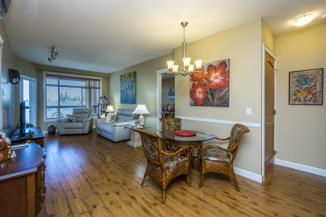 Condo Apartment at 523 8067 207TH STREET, Unit 523, Langley, British Columbia. Image 5