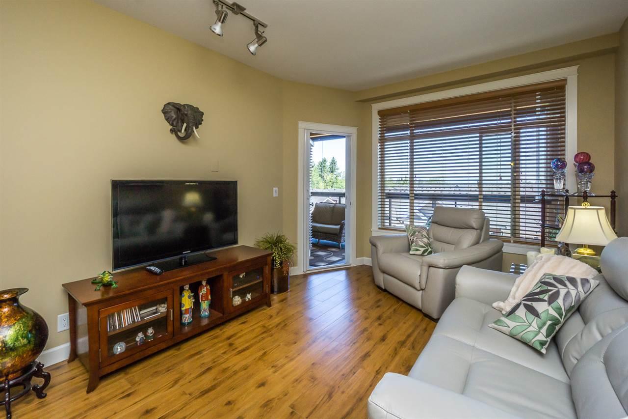 Condo Apartment at 523 8067 207TH STREET, Unit 523, Langley, British Columbia. Image 8
