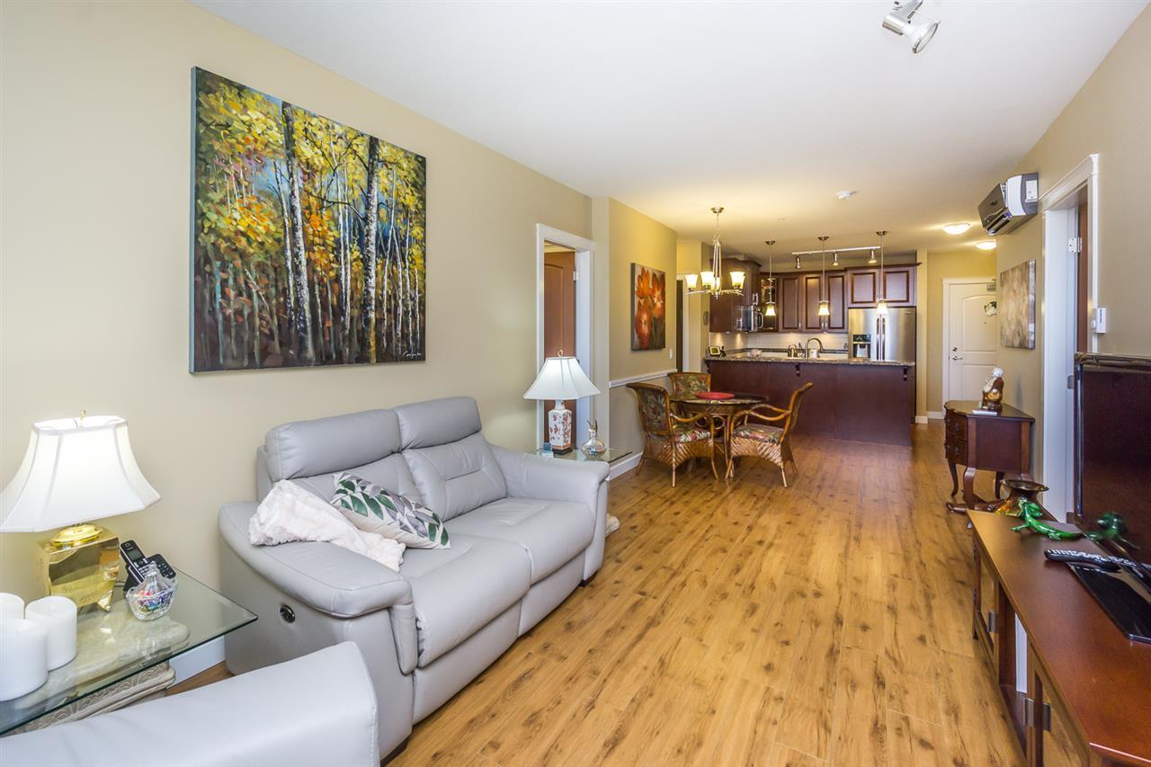 Condo Apartment at 523 8067 207TH STREET, Unit 523, Langley, British Columbia. Image 9