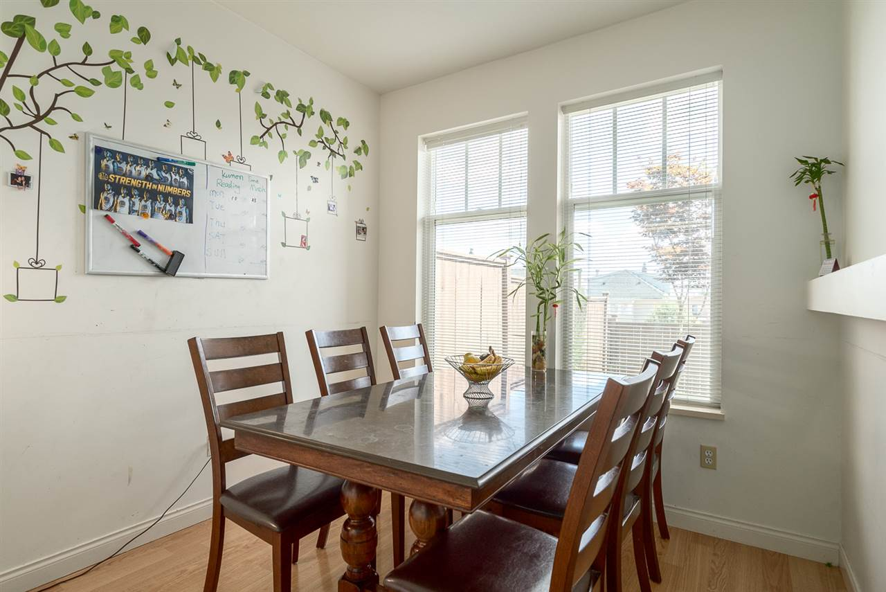Townhouse at 25 7238 18TH AVENUE, Unit 25, Burnaby East, British Columbia. Image 5