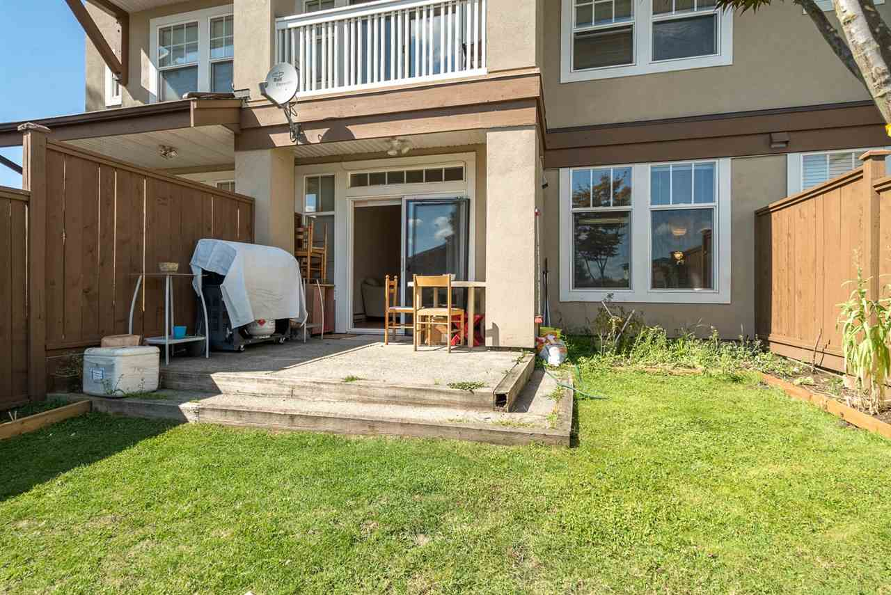 Townhouse at 25 7238 18TH AVENUE, Unit 25, Burnaby East, British Columbia. Image 14