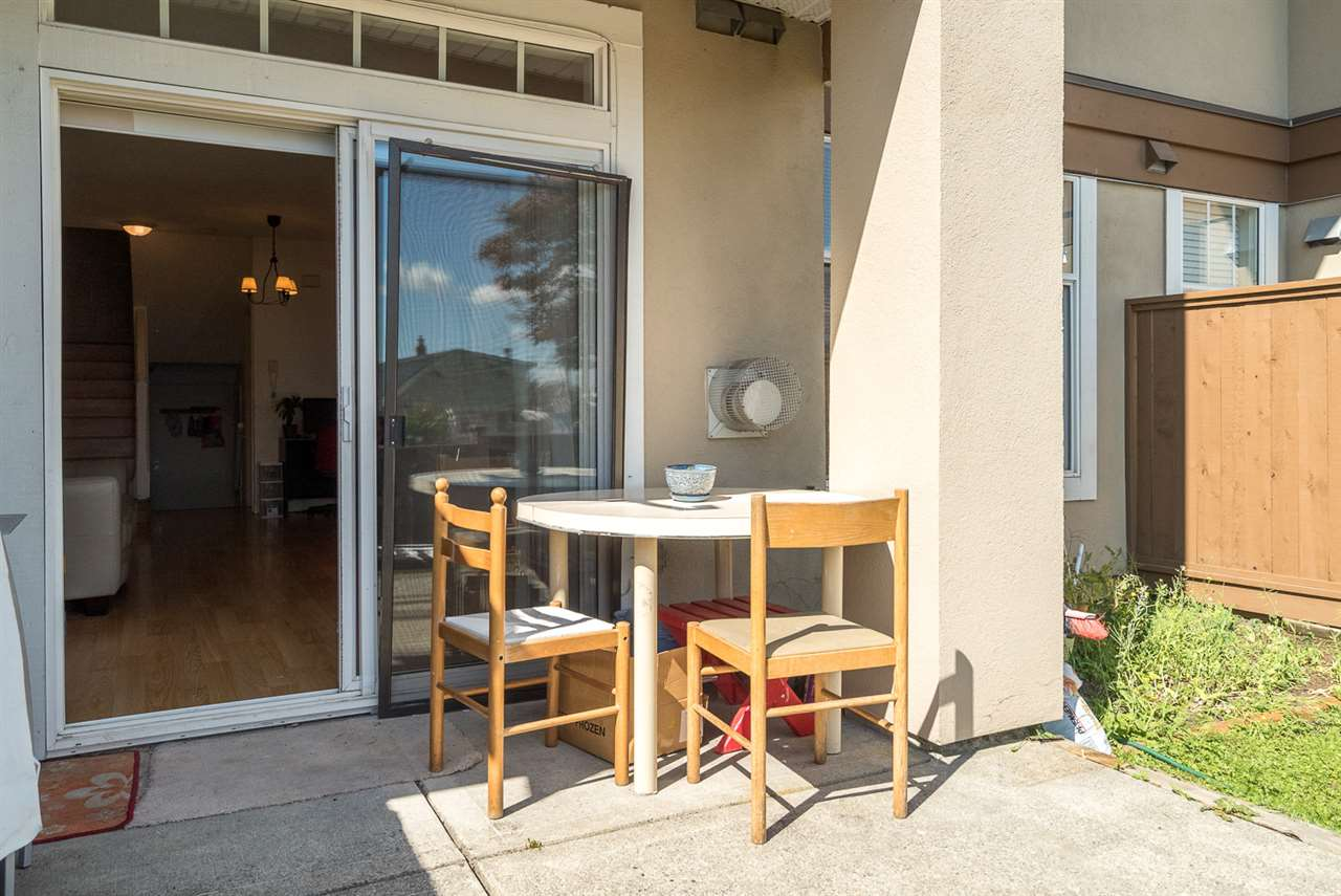 Townhouse at 25 7238 18TH AVENUE, Unit 25, Burnaby East, British Columbia. Image 16