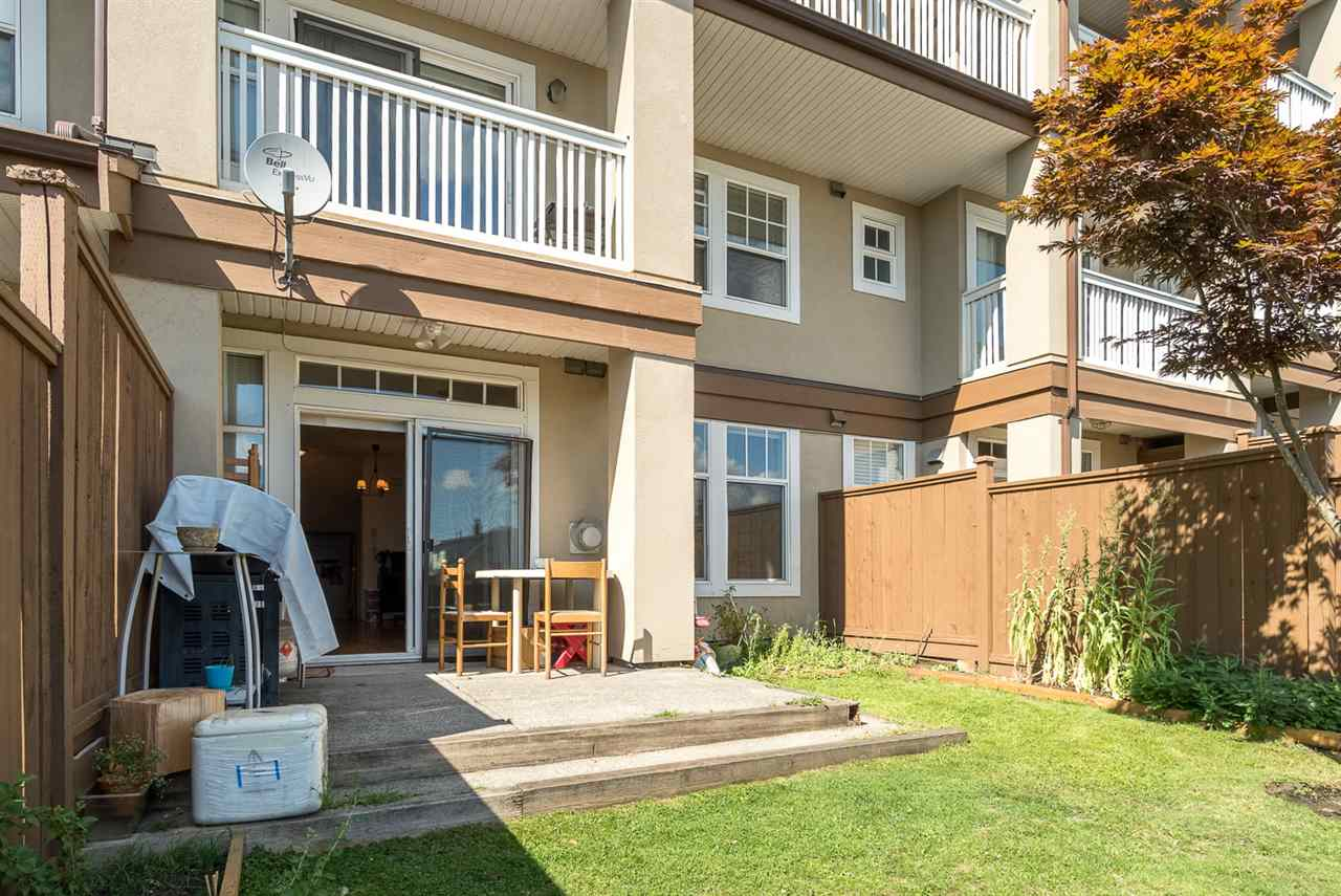 Townhouse at 25 7238 18TH AVENUE, Unit 25, Burnaby East, British Columbia. Image 17