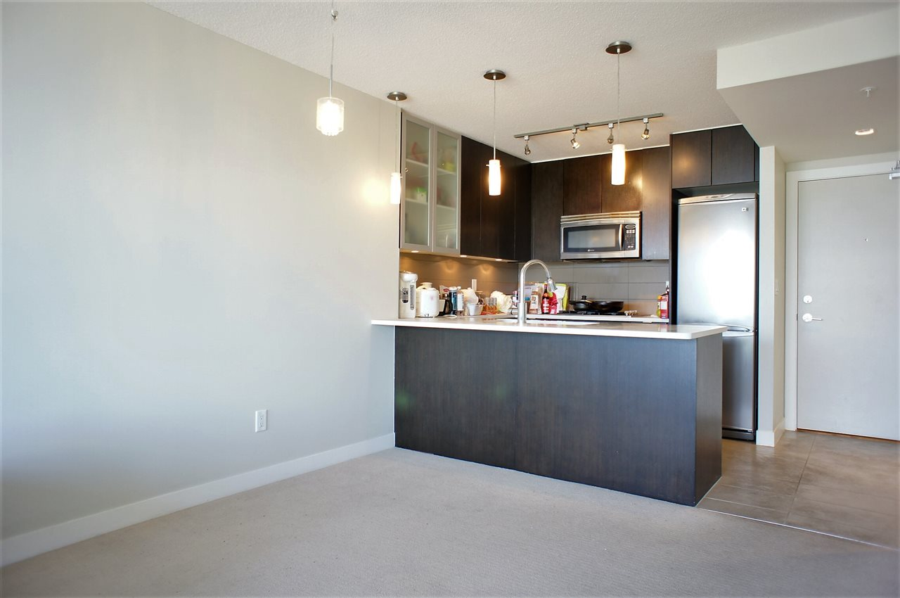 Condo Apartment at 1002 7325 ARCOLA STREET, Unit 1002, Burnaby South, British Columbia. Image 2
