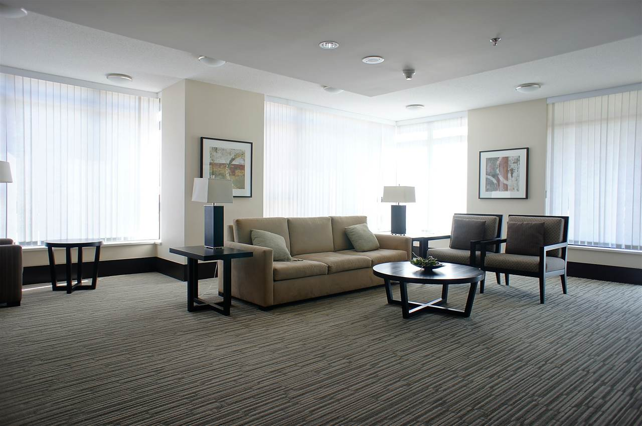 Condo Apartment at 1002 7325 ARCOLA STREET, Unit 1002, Burnaby South, British Columbia. Image 10