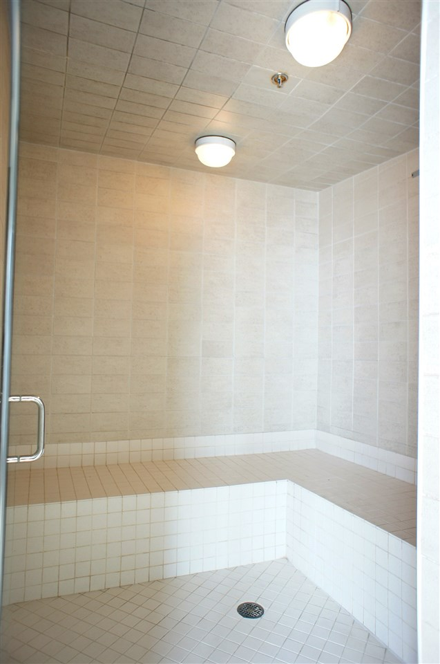 Condo Apartment at 1002 7325 ARCOLA STREET, Unit 1002, Burnaby South, British Columbia. Image 14