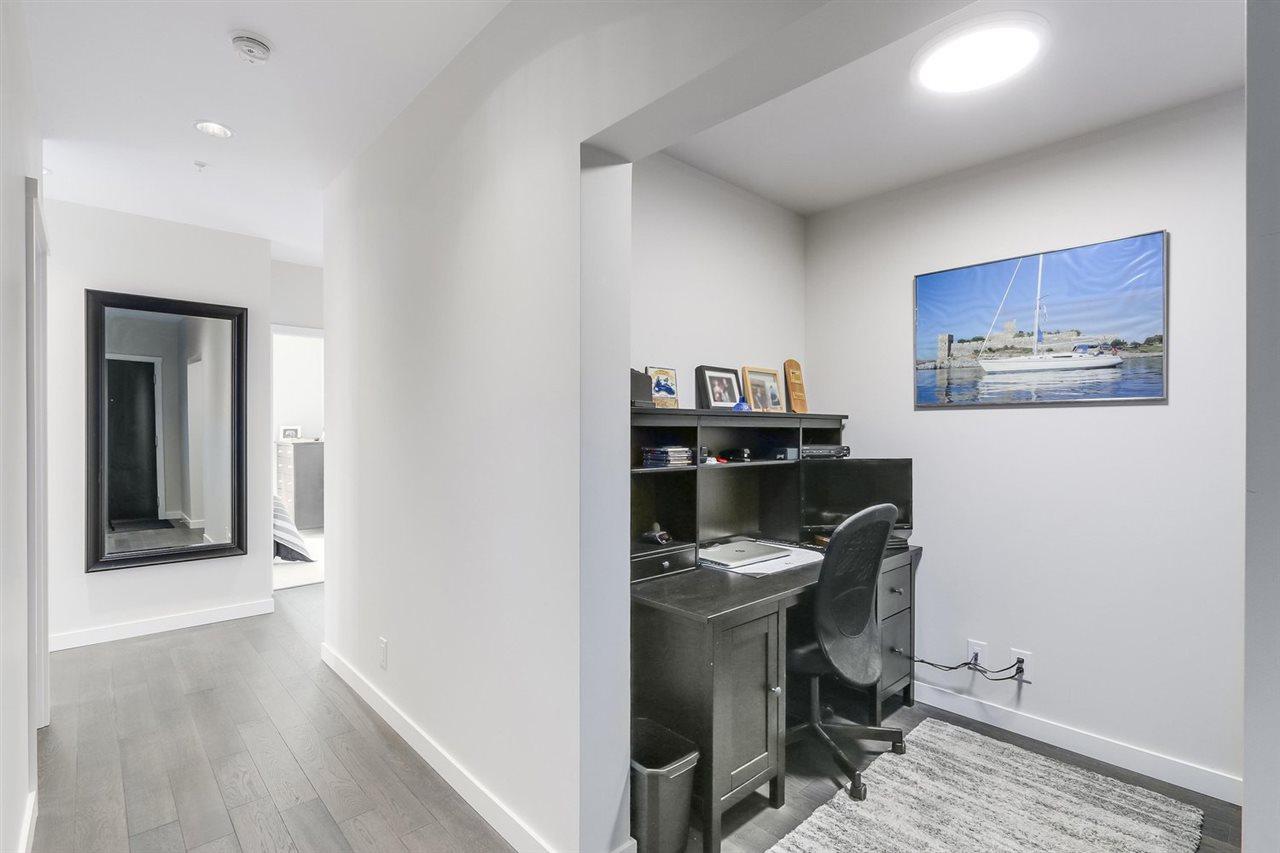 Condo Apartment at 2903 3093 WINDSOR GATE, Unit 2903, Coquitlam, British Columbia. Image 3