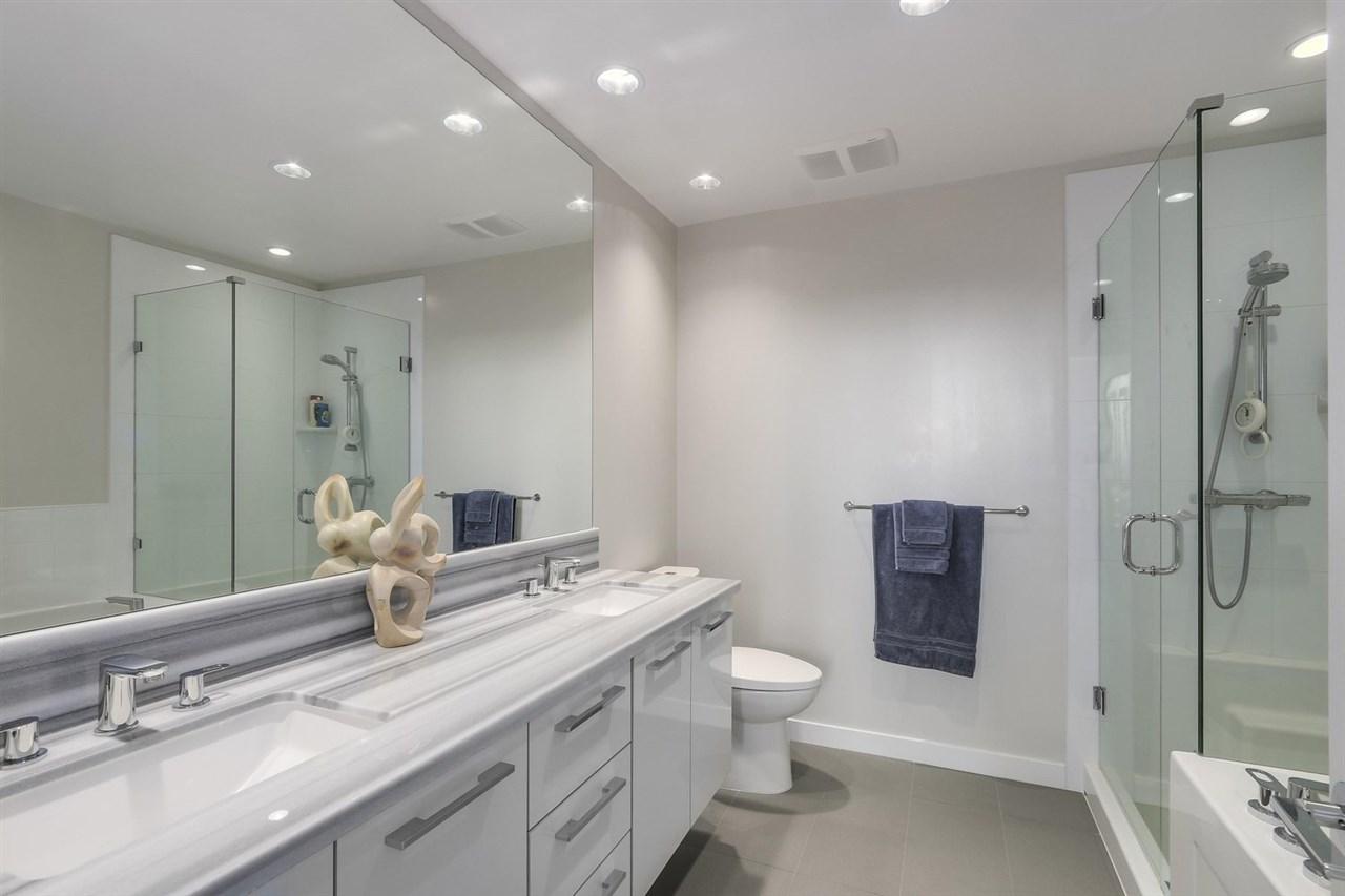 Condo Apartment at 2903 3093 WINDSOR GATE, Unit 2903, Coquitlam, British Columbia. Image 10