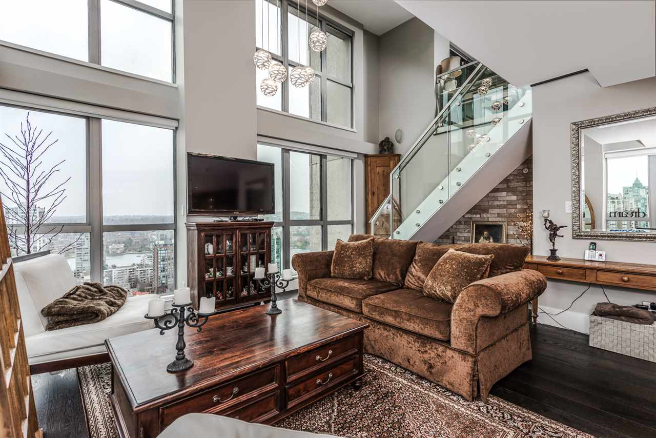 Condo Apartment at 2404 1238 RICHARDS STREET, Unit 2404, Vancouver West, British Columbia. Image 1