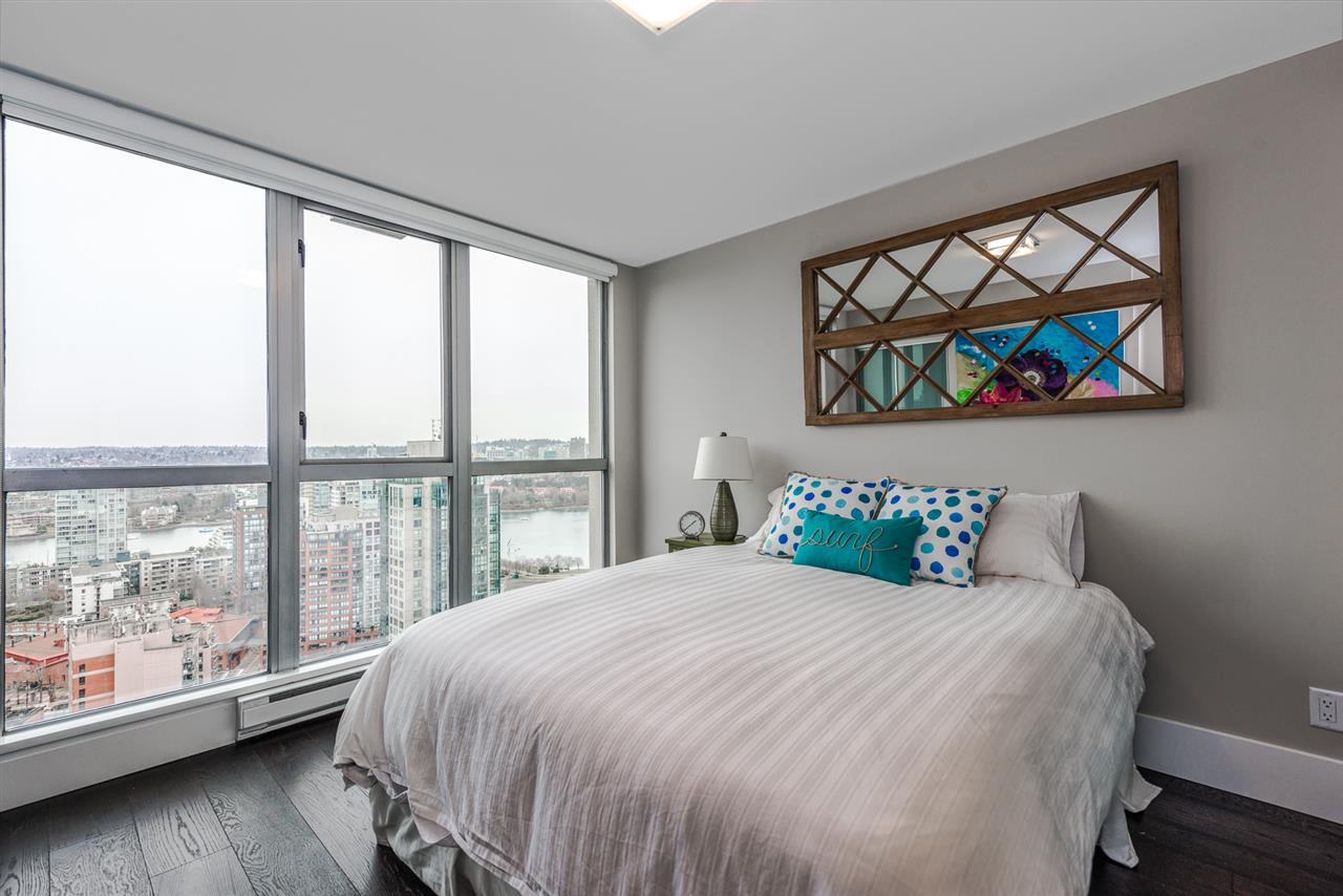 Condo Apartment at 2404 1238 RICHARDS STREET, Unit 2404, Vancouver West, British Columbia. Image 12