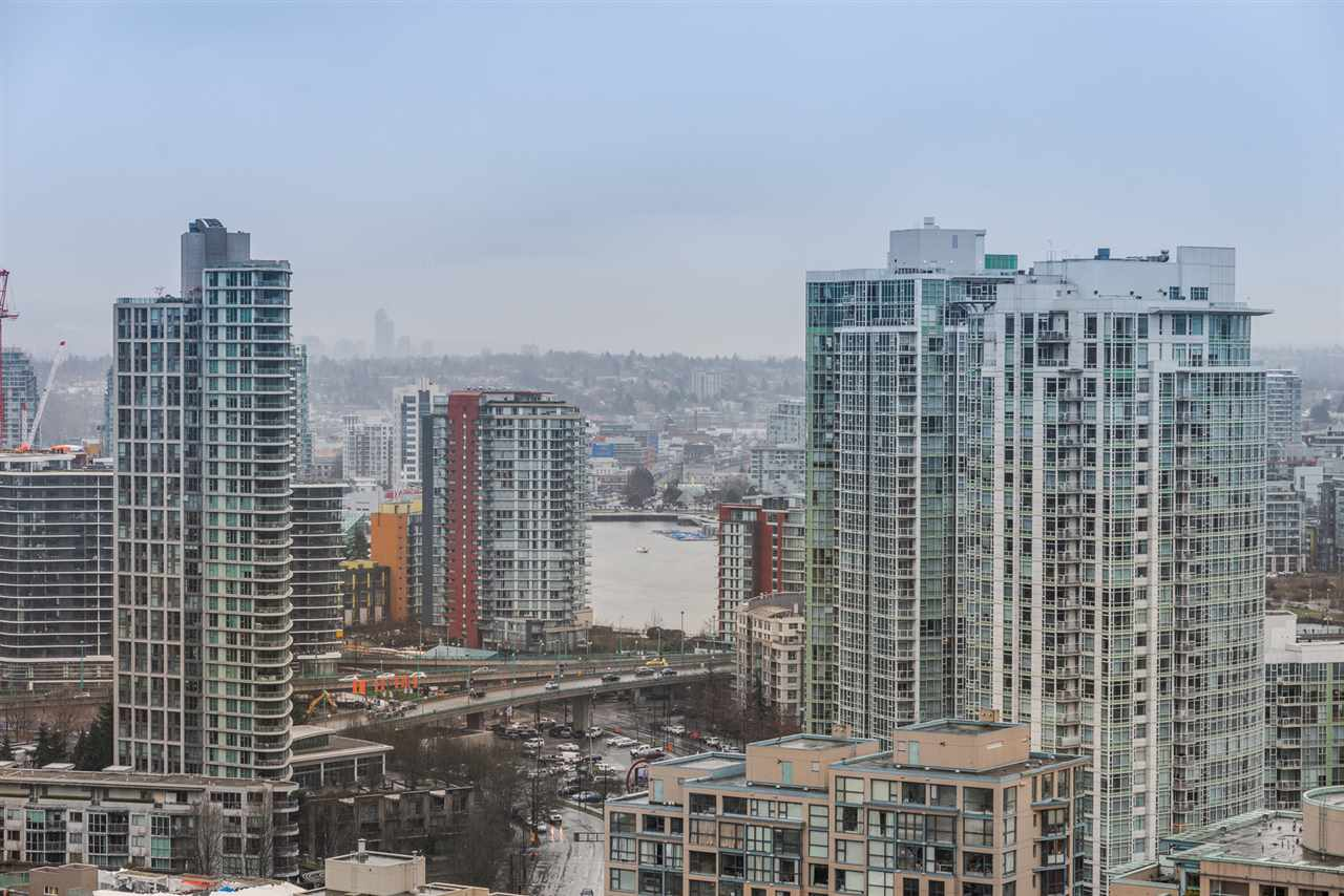 Condo Apartment at 2404 1238 RICHARDS STREET, Unit 2404, Vancouver West, British Columbia. Image 16