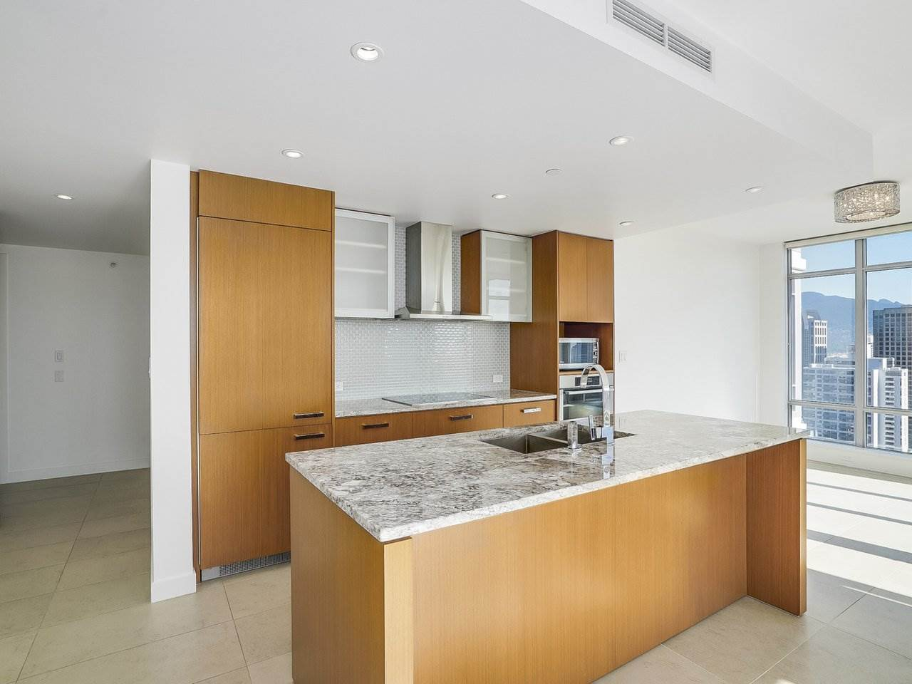 Condo Apartment at 2508 1028 BARCLAY STREET, Unit 2508, Vancouver West, British Columbia. Image 3
