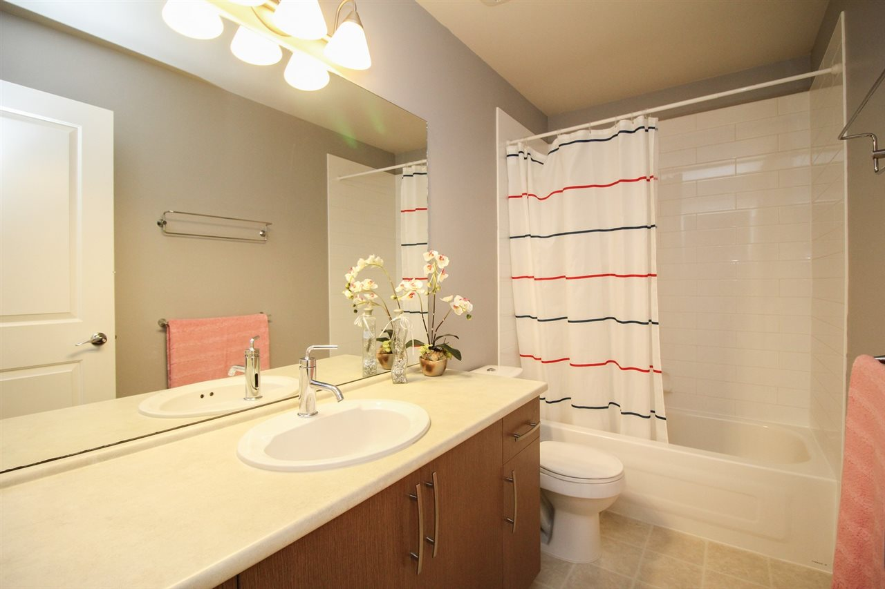 Townhouse at 10 8385 DELSOM WAY, Unit 10, N. Delta, British Columbia. Image 15