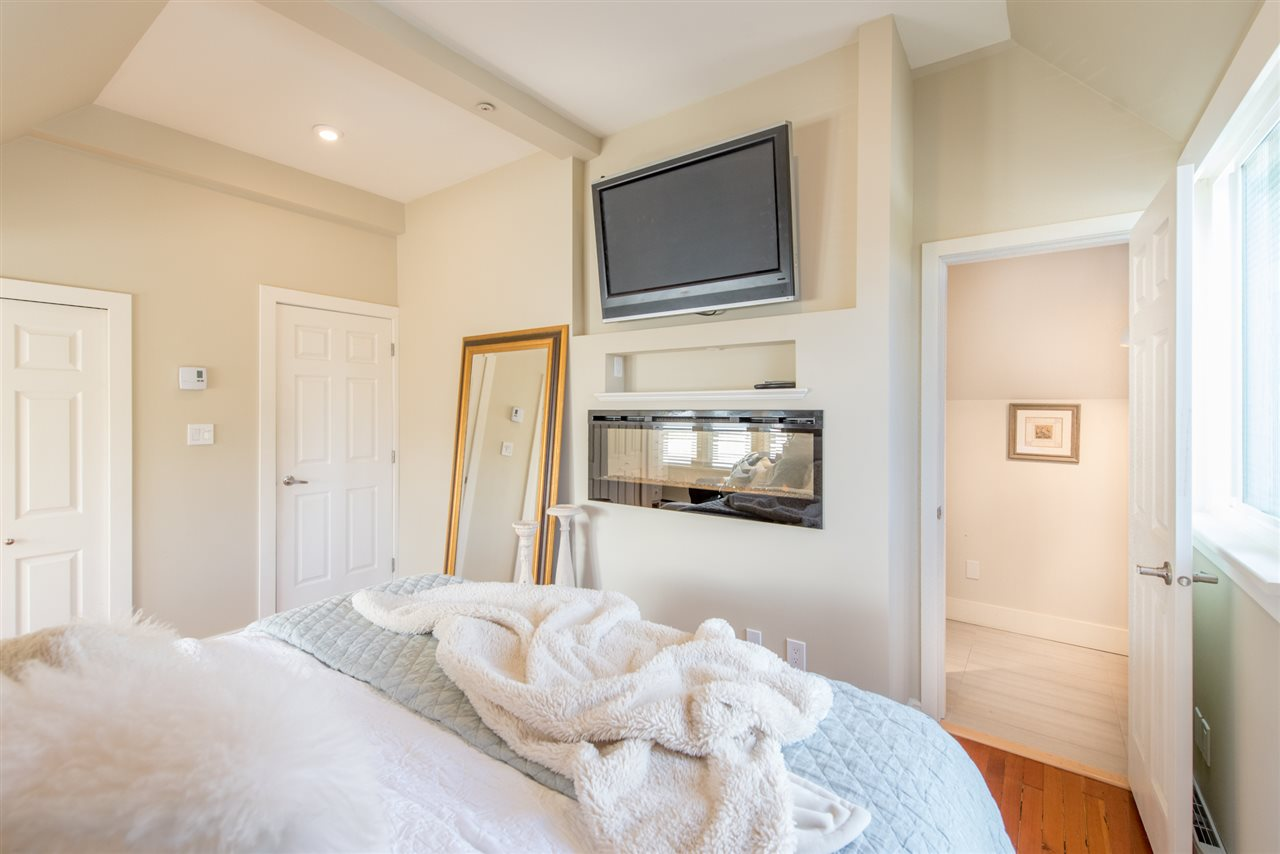 Townhouse at C 405 W 14TH AVENUE, Unit C, Vancouver West, British Columbia. Image 4