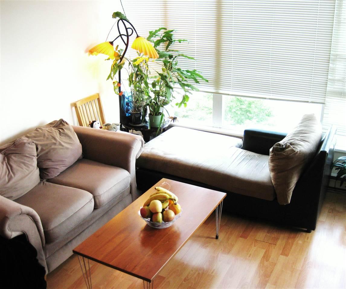 Condo Apartment at 611 5189 GASTON STREET, Unit 611, Vancouver East, British Columbia. Image 2