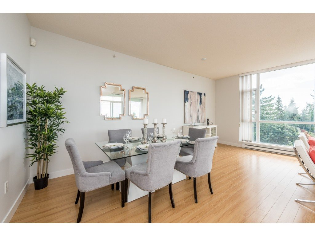 Condo Apartment at PH5 9188 UNIVERSITY CRESCENT, Unit PH5, Burnaby North, British Columbia. Image 5