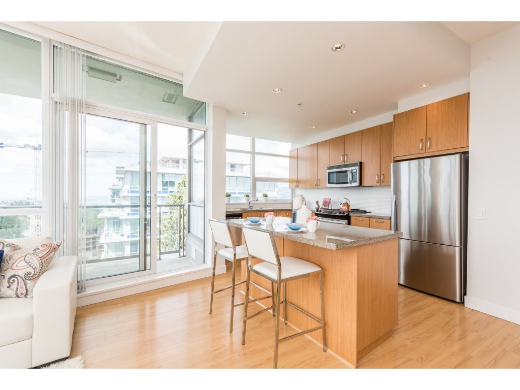 Condo Apartment at PH5 9188 UNIVERSITY CRESCENT, Unit PH5, Burnaby North, British Columbia. Image 8
