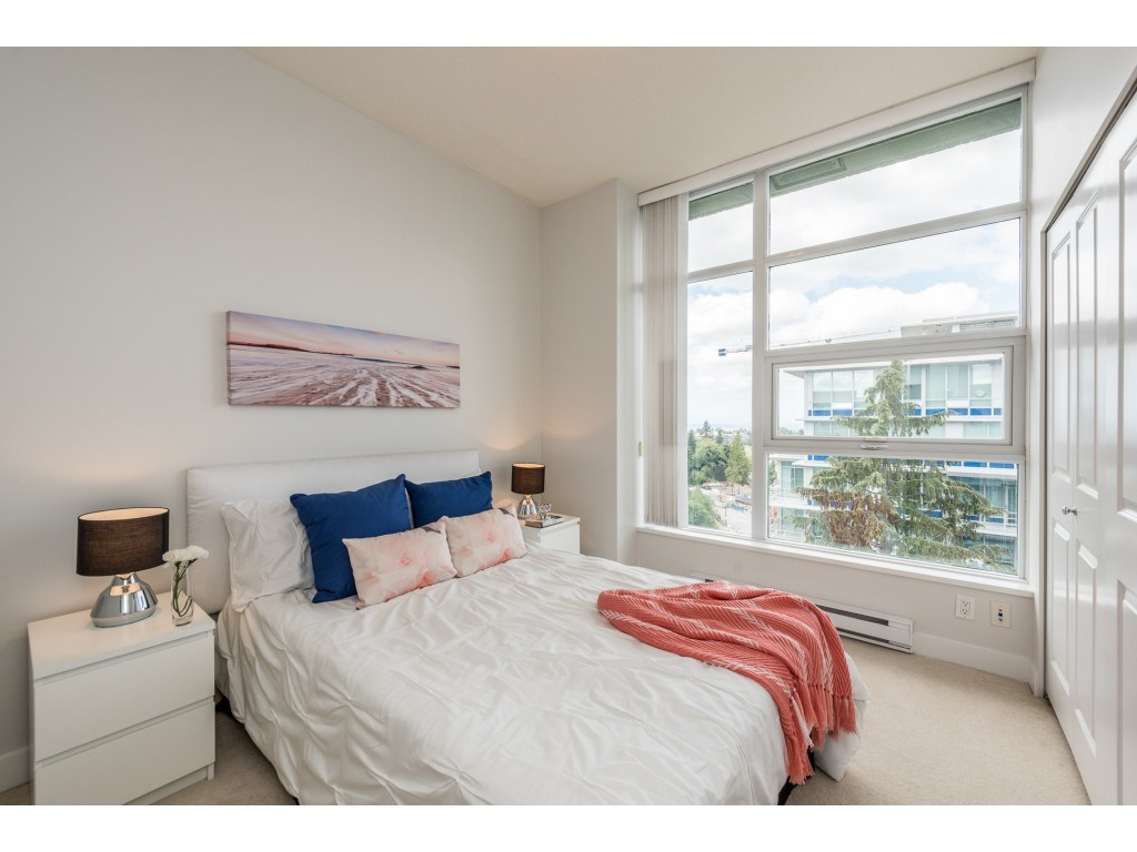 Condo Apartment at PH5 9188 UNIVERSITY CRESCENT, Unit PH5, Burnaby North, British Columbia. Image 13