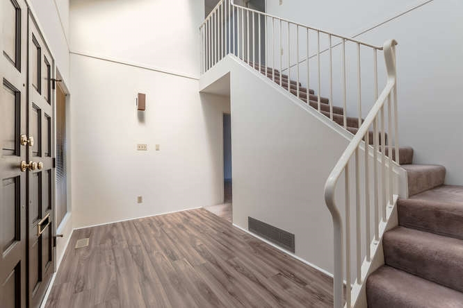 Townhouse at 6626 TURNBERRY CRESCENT, Vancouver West, British Columbia. Image 3