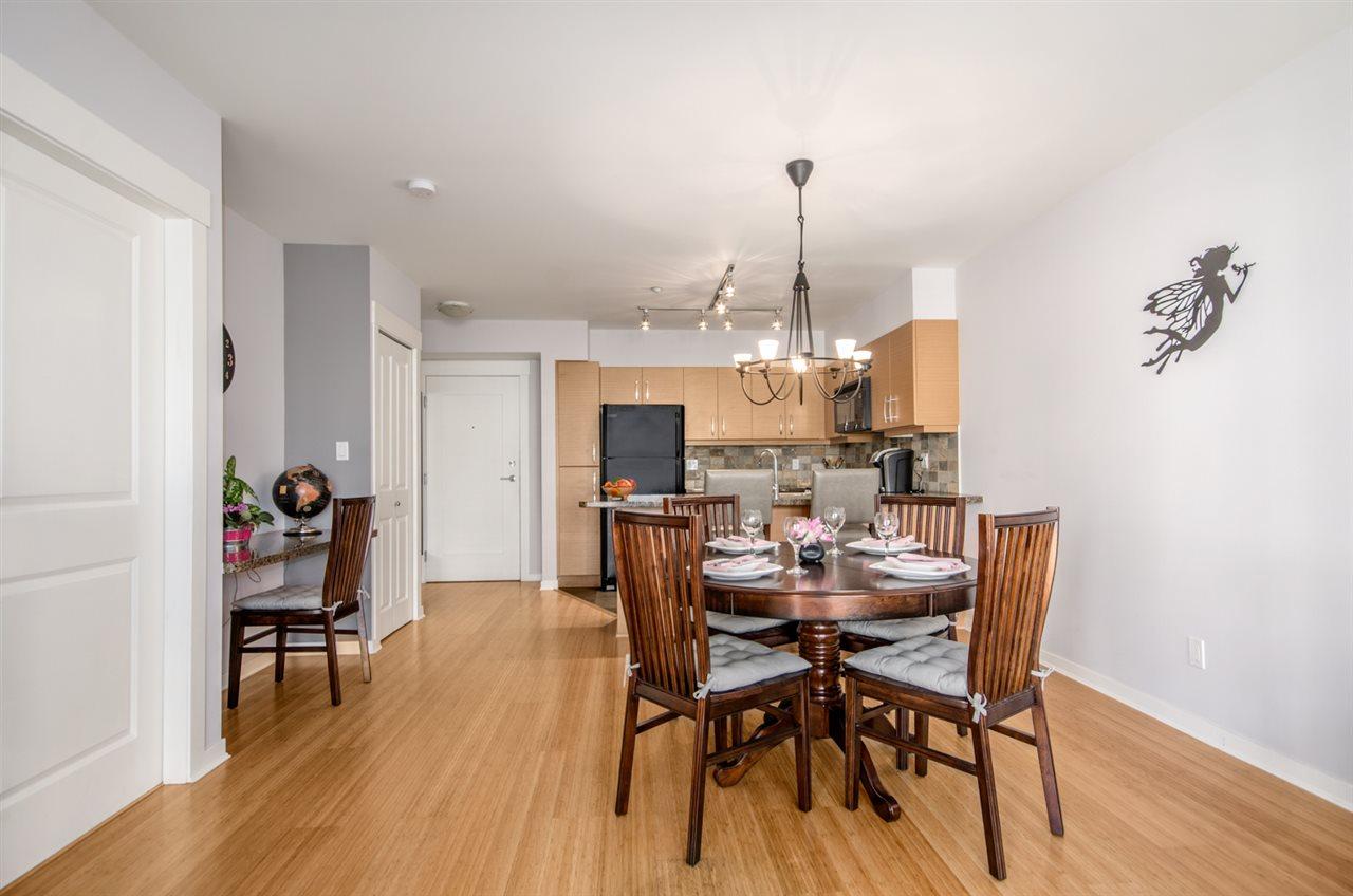 Condo Apartment at 302 1315 56 STREET, Unit 302, Tsawwassen, British Columbia. Image 3