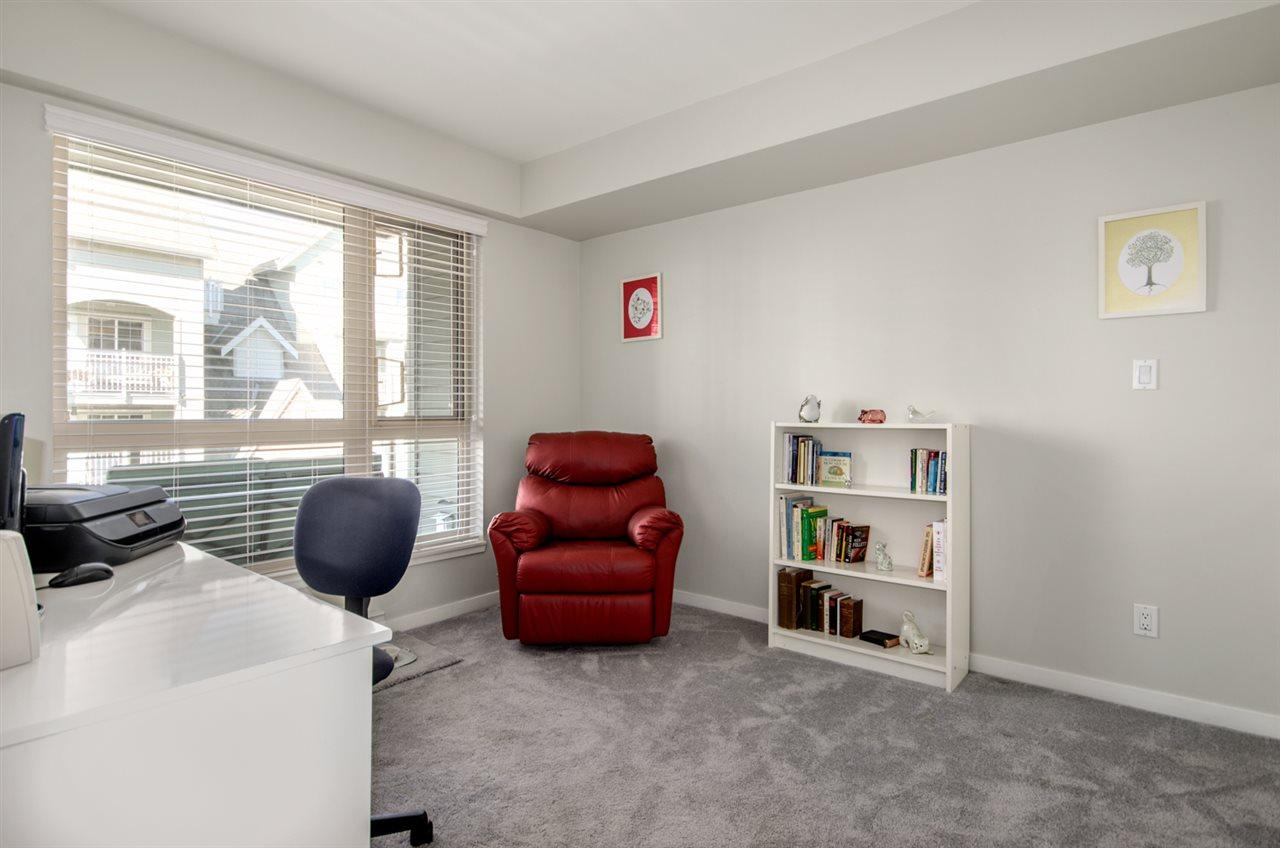 Condo Apartment at 302 1315 56 STREET, Unit 302, Tsawwassen, British Columbia. Image 16