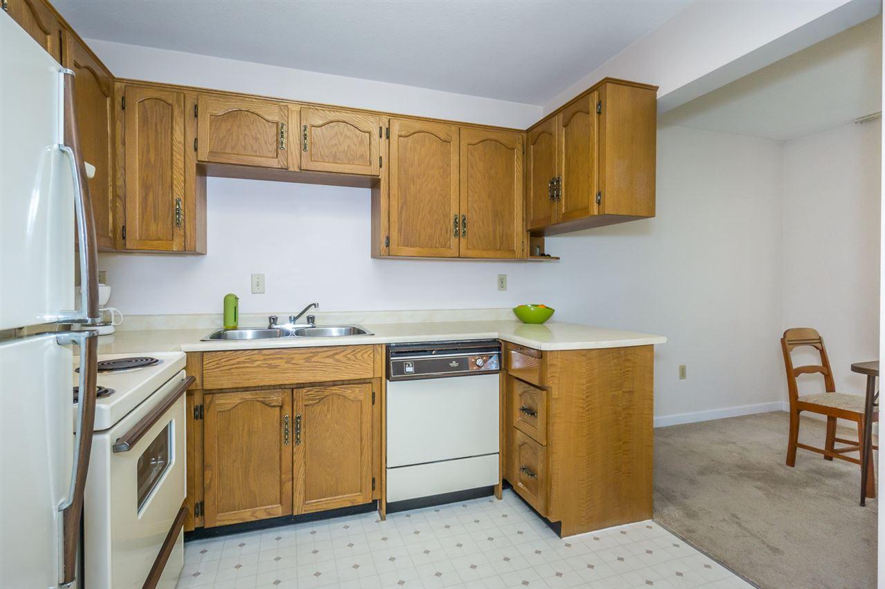 Condo Apartment at 305 2414 CHURCH STREET, Unit 305, Abbotsford, British Columbia. Image 9