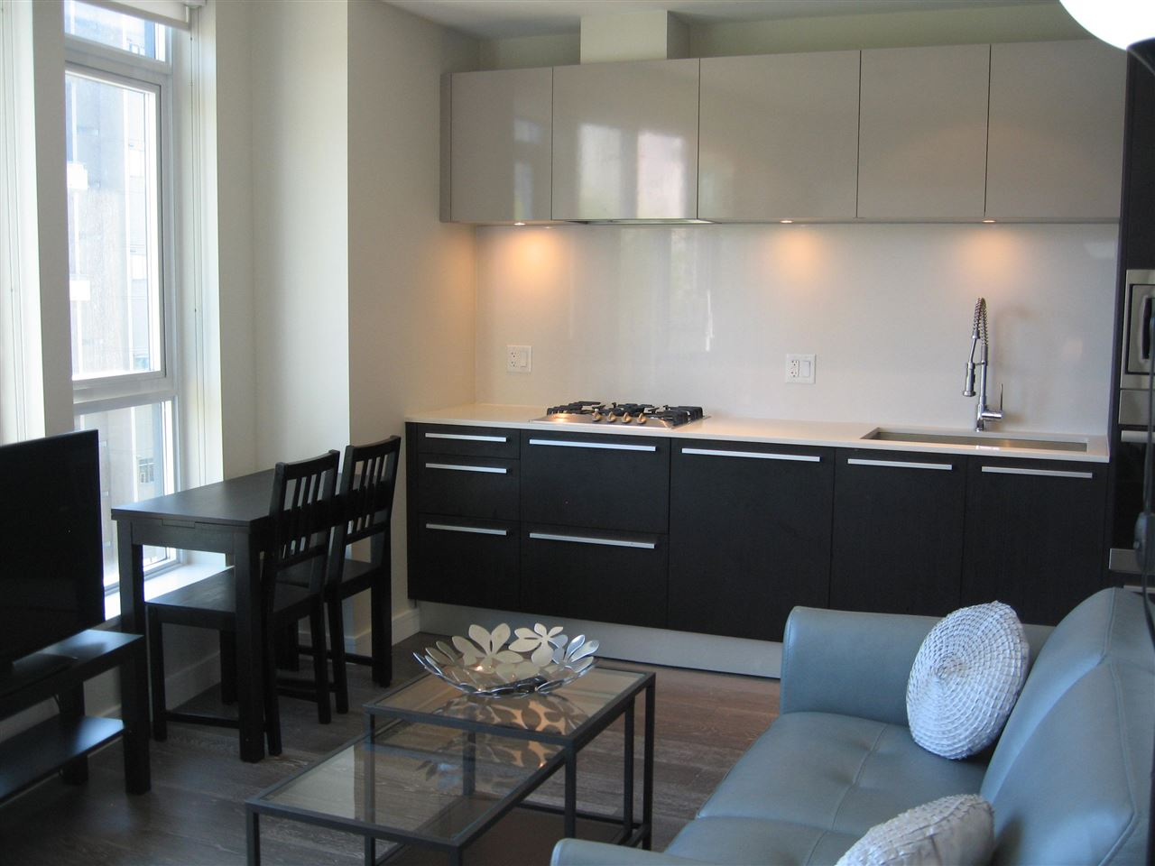 Condo Apartment at 904 1221 BIDWELL STREET, Unit 904, Vancouver West, British Columbia. Image 1
