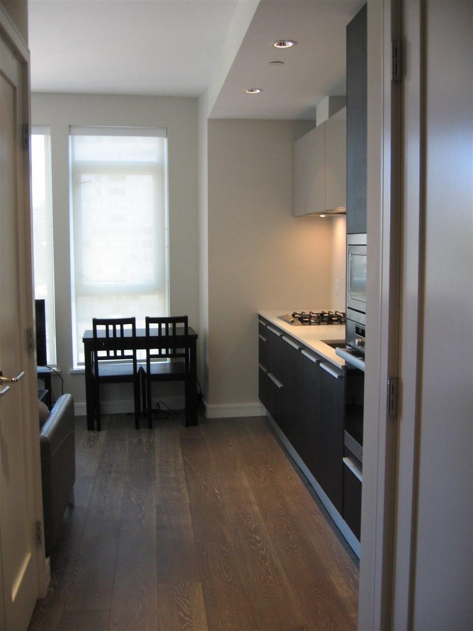 Condo Apartment at 904 1221 BIDWELL STREET, Unit 904, Vancouver West, British Columbia. Image 8