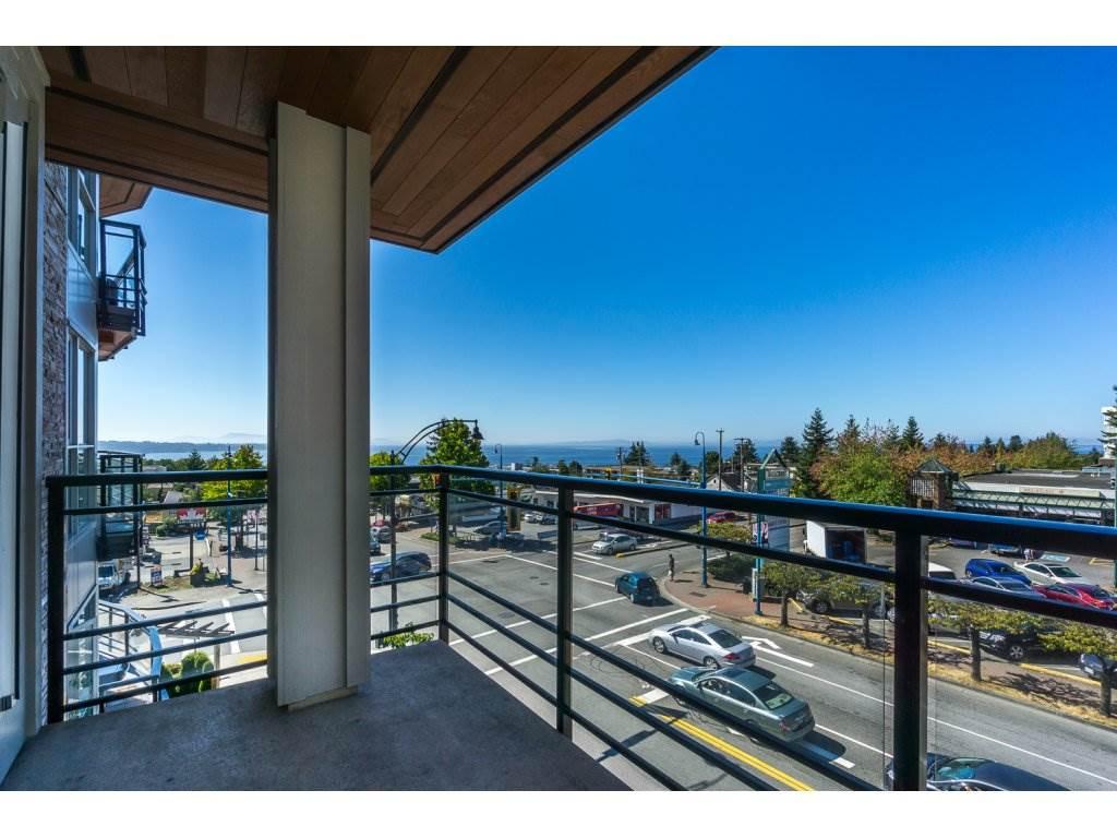 Condo Apartment at 307 1420 JOHNSTON ROAD, Unit 307, South Surrey White Rock, British Columbia. Image 19