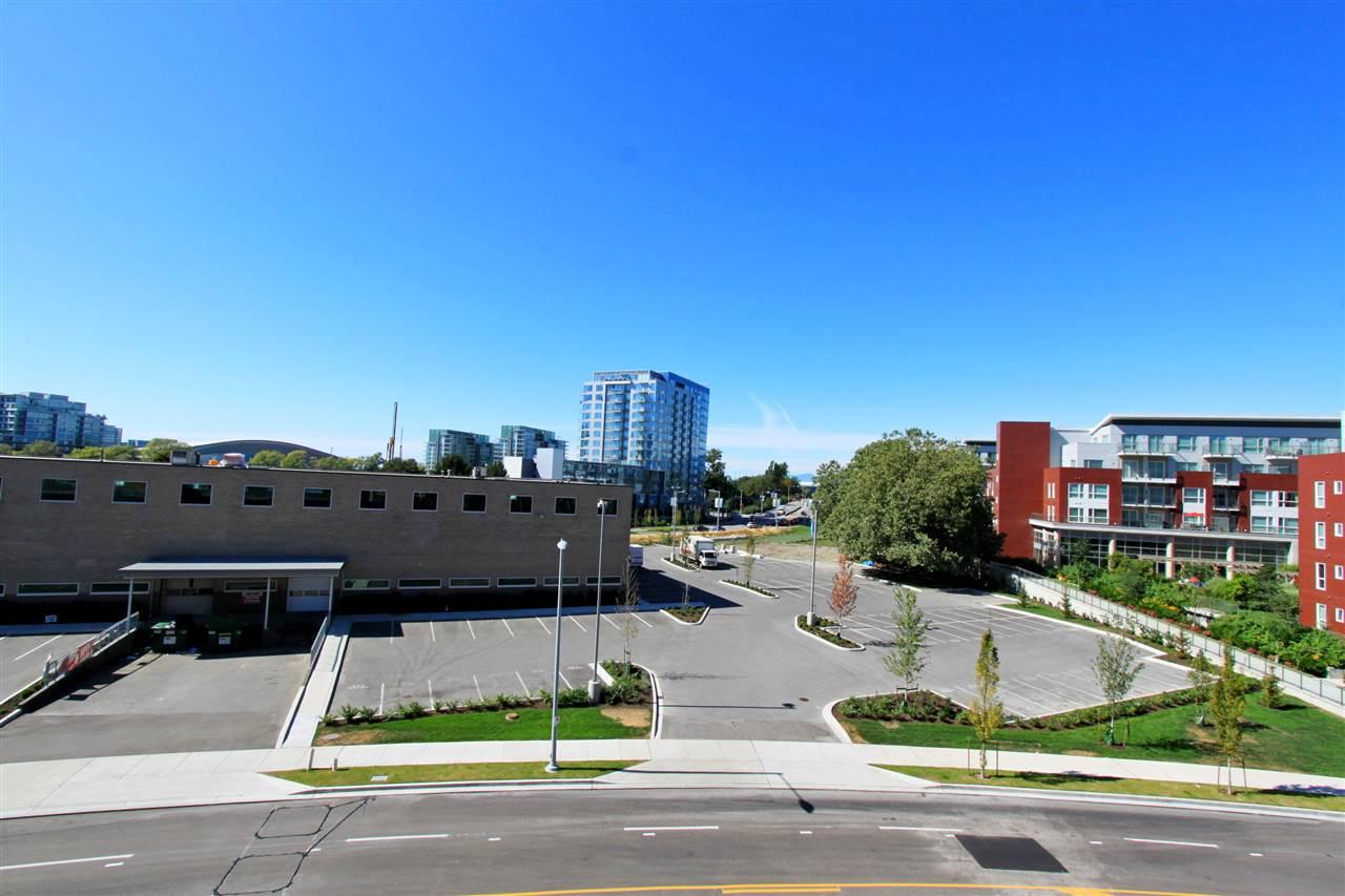 Condo Apartment at 511A 7688 ALDERBRIDGE WAY, Unit 511A, Richmond, British Columbia. Image 12