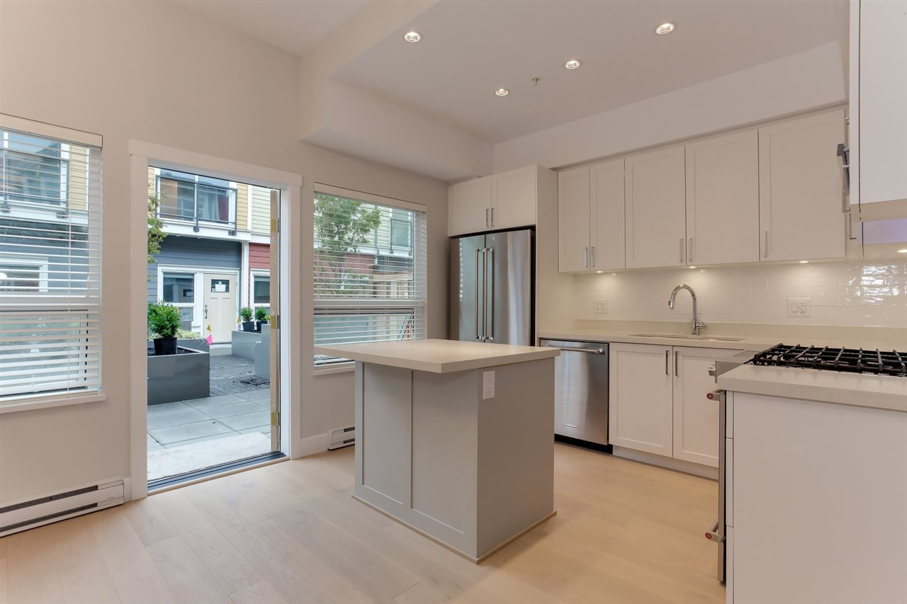 Townhouse at 4879 47A AVENUE, Ladner, British Columbia. Image 5