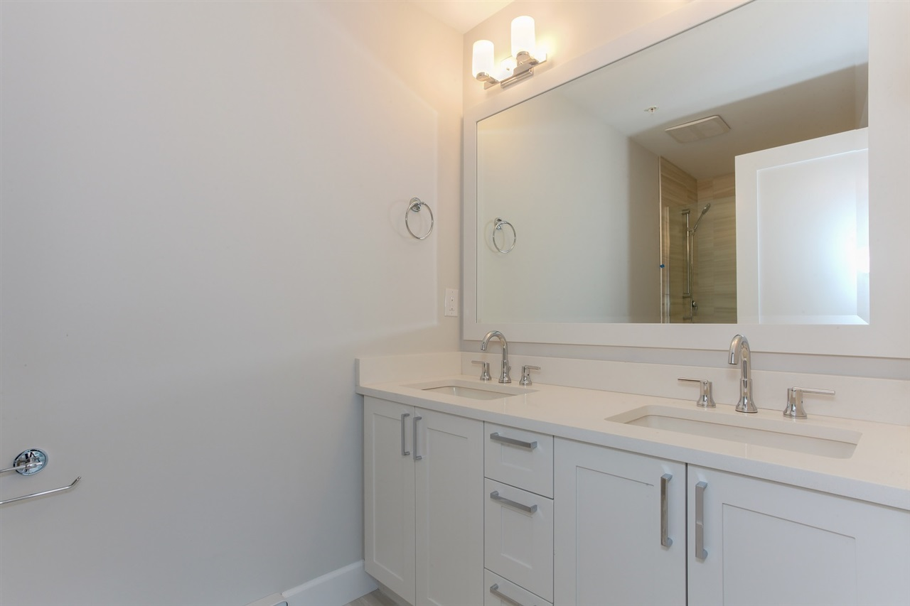 Townhouse at 4879 47A AVENUE, Ladner, British Columbia. Image 15
