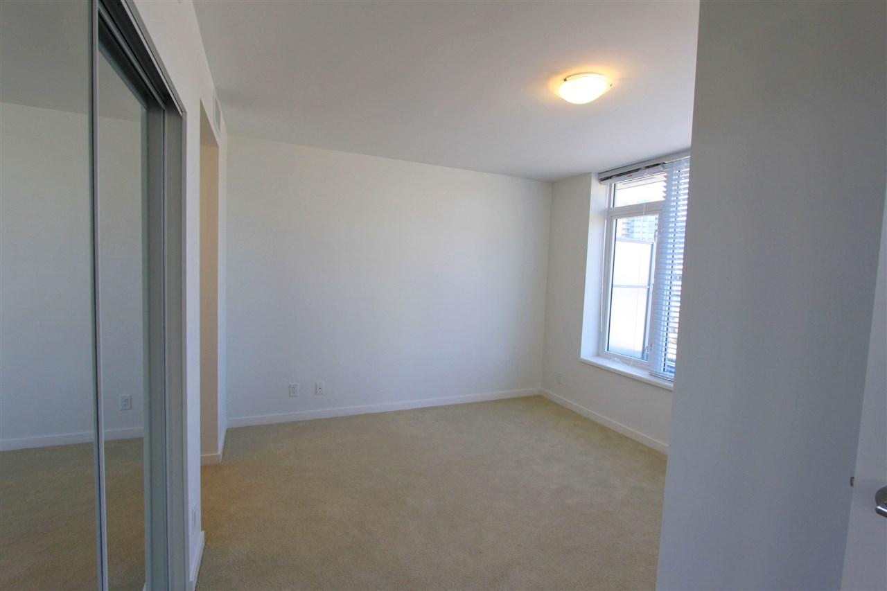 Condo Apartment at 311A 7688 ALDERBRIDGE WAY, Unit 311A, Richmond, British Columbia. Image 6