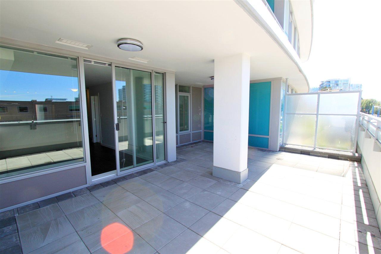 Condo Apartment at 308A 7688 ALDERBRIDGE WAY, Unit 308A, Richmond, British Columbia. Image 9