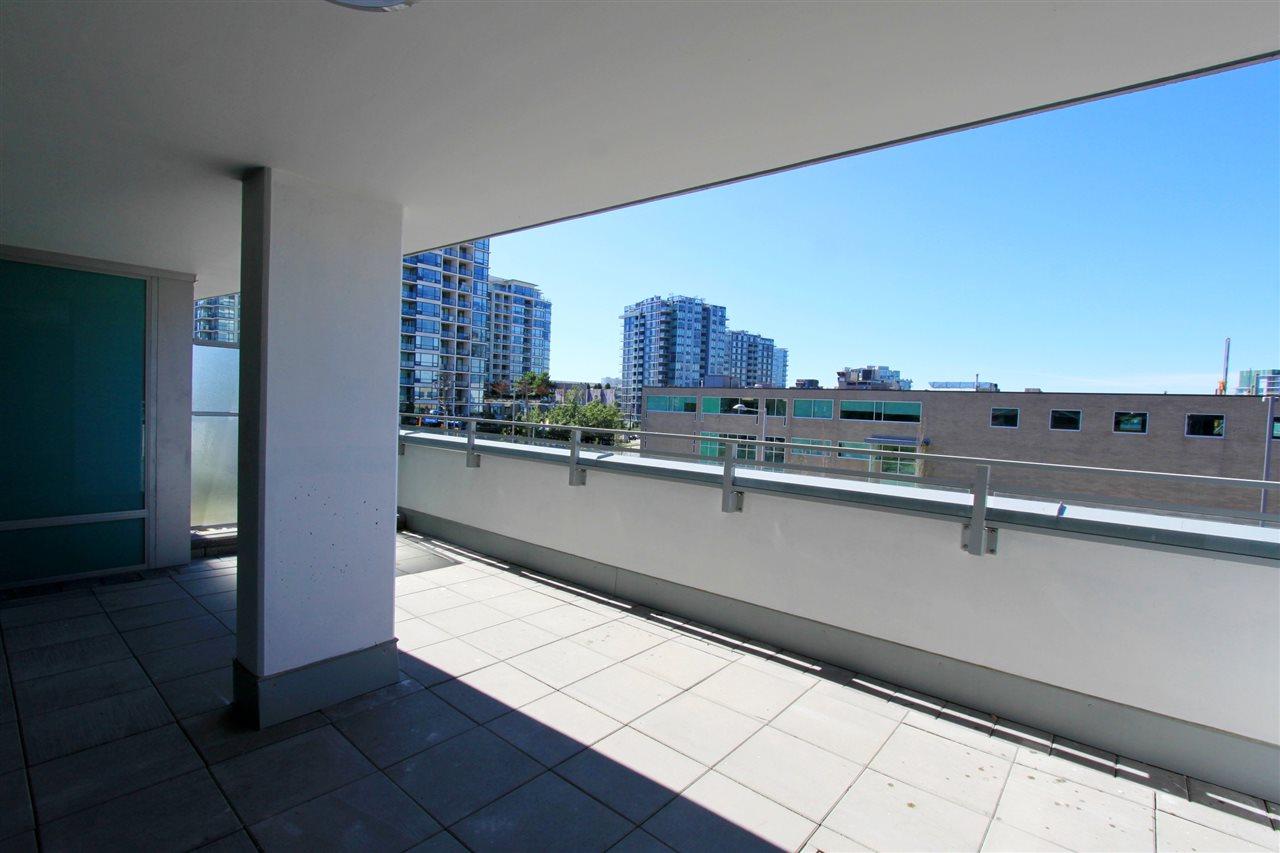 Condo Apartment at 308A 7688 ALDERBRIDGE WAY, Unit 308A, Richmond, British Columbia. Image 10