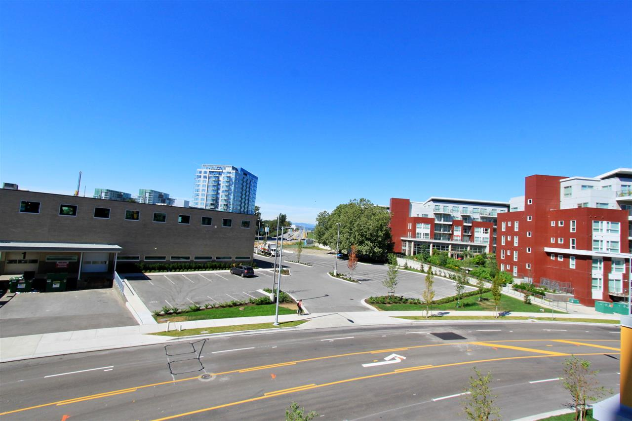 Condo Apartment at 310A 7688 ALDERBRIDGE WAY, Unit 310A, Richmond, British Columbia. Image 12