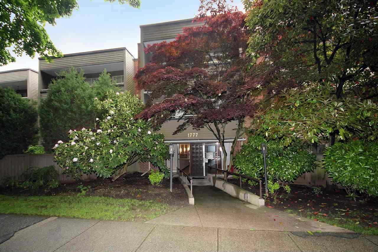 Condo Apartment at 312 1777 W 13TH AVENUE, Unit 312, Vancouver West, British Columbia. Image 4