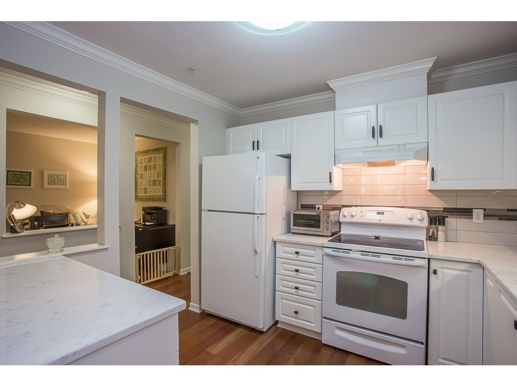 Condo Apartment at 303 22233 RIVER ROAD, Unit 303, Maple Ridge, British Columbia. Image 6