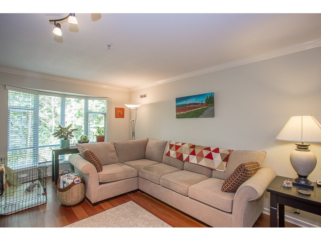 Condo Apartment at 303 22233 RIVER ROAD, Unit 303, Maple Ridge, British Columbia. Image 9