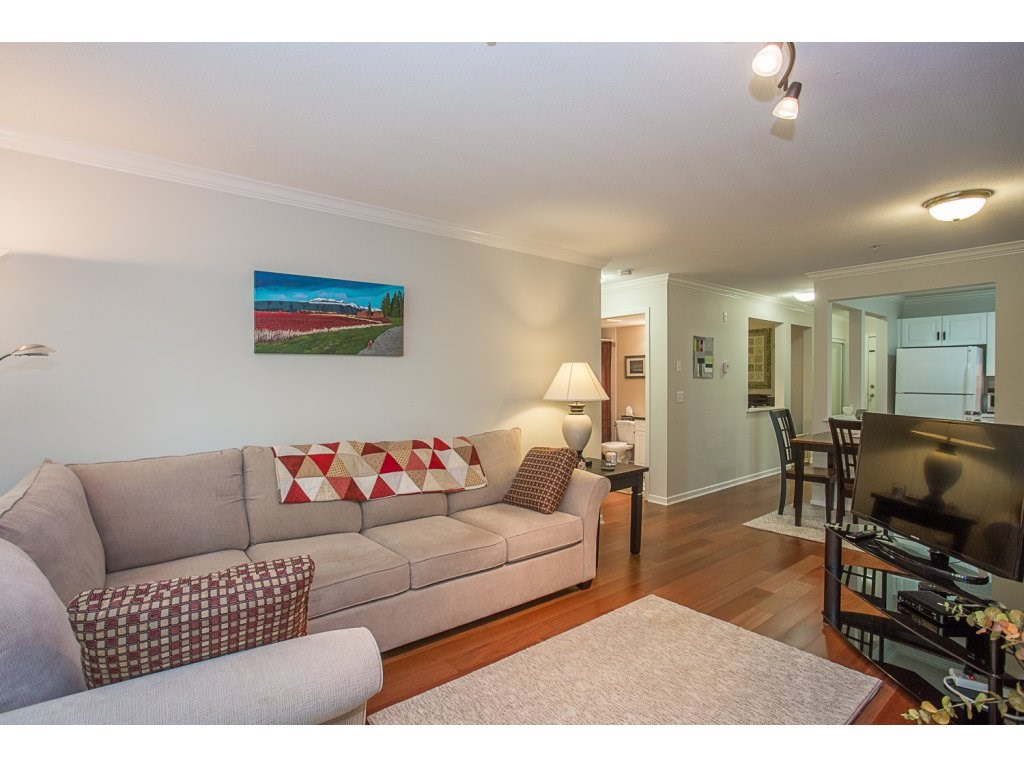 Condo Apartment at 303 22233 RIVER ROAD, Unit 303, Maple Ridge, British Columbia. Image 11