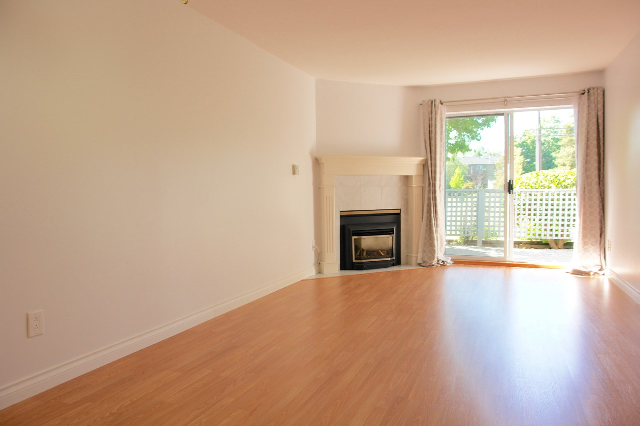 Condo Apartment at 101 11578 225 STREET, Unit 101, Maple Ridge, British Columbia. Image 4