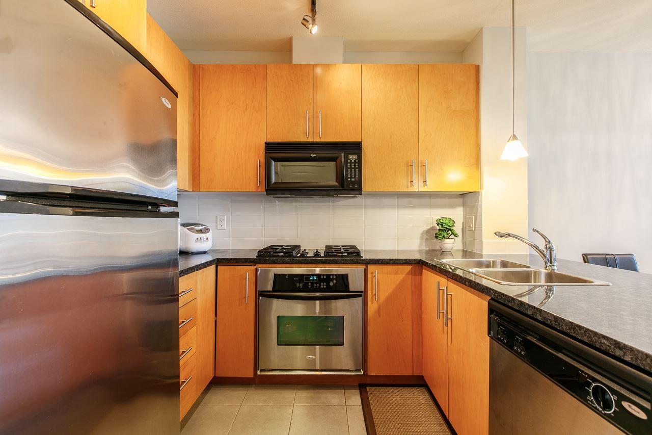 Condo Apartment at 305 3651 FOSTER AVENUE, Unit 305, Vancouver East, British Columbia. Image 4