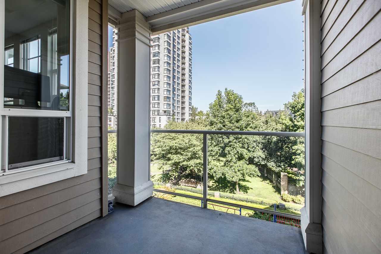 Condo Apartment at 305 3651 FOSTER AVENUE, Unit 305, Vancouver East, British Columbia. Image 7