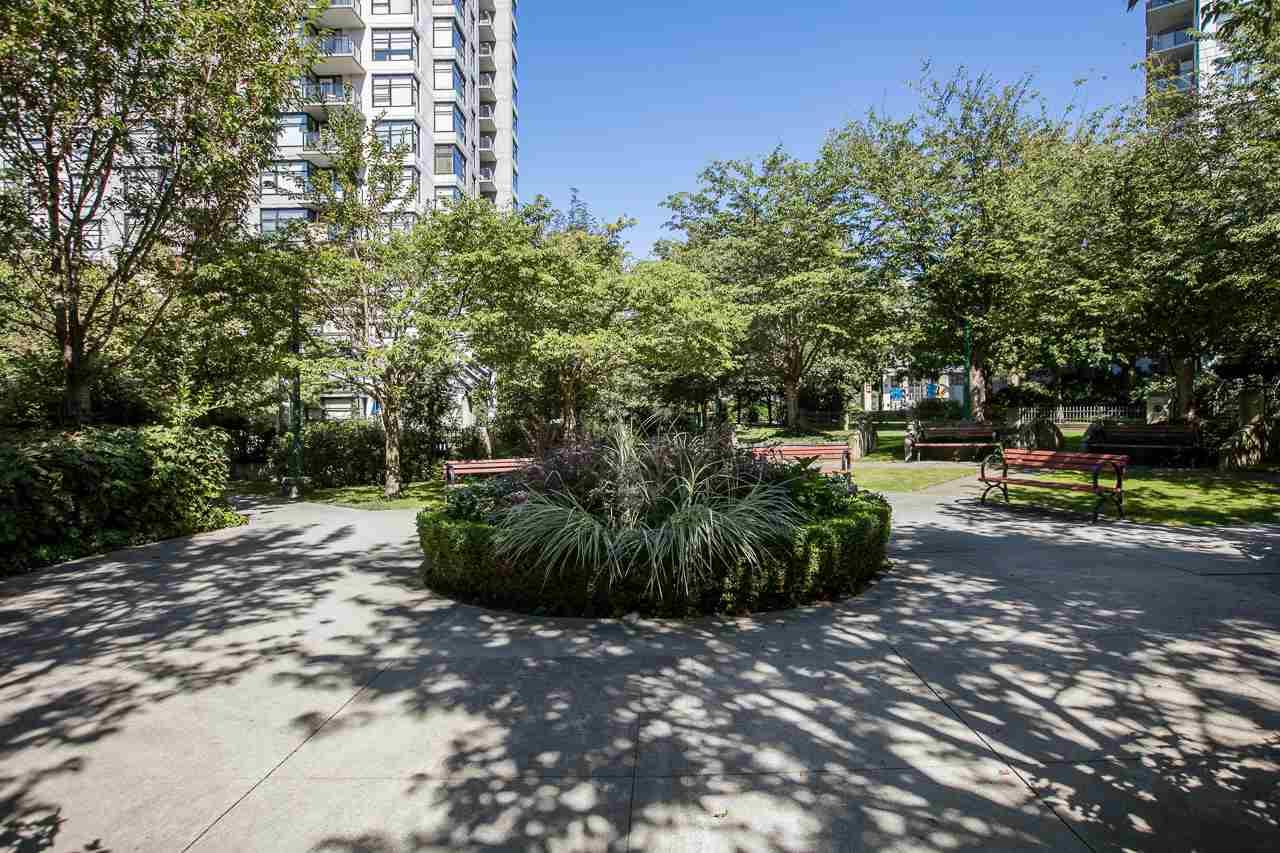 Condo Apartment at 305 3651 FOSTER AVENUE, Unit 305, Vancouver East, British Columbia. Image 10