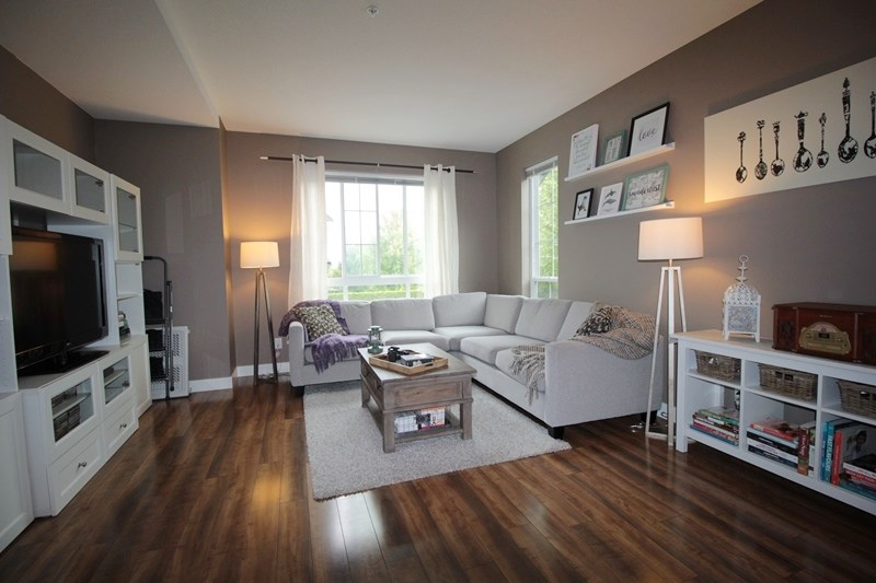 Townhouse at 47 21867 50 AVENUE, Unit 47, Langley, British Columbia. Image 2