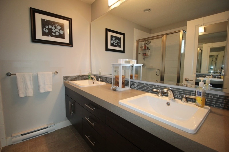 Townhouse at 47 21867 50 AVENUE, Unit 47, Langley, British Columbia. Image 9