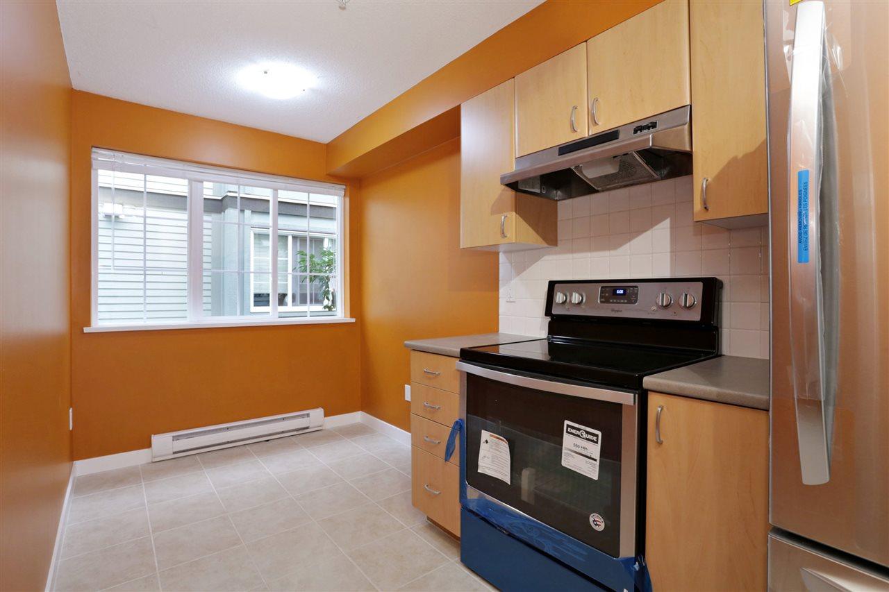 Condo Apartment at 313 14859 100 AVENUE, Unit 313, North Surrey, British Columbia. Image 7