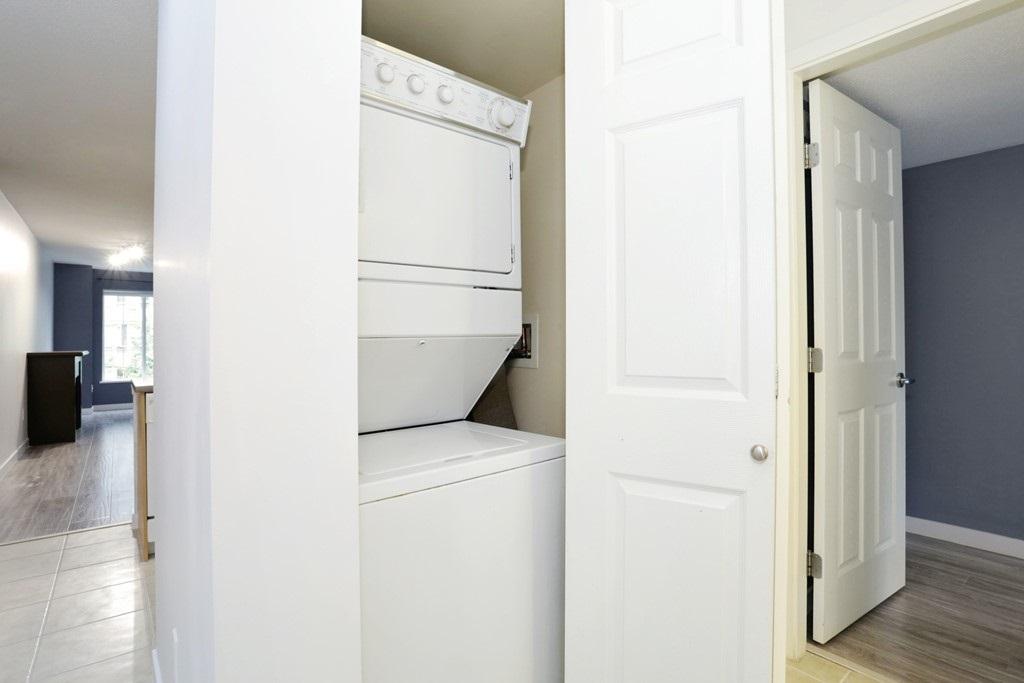 Condo Apartment at 313 14859 100 AVENUE, Unit 313, North Surrey, British Columbia. Image 12